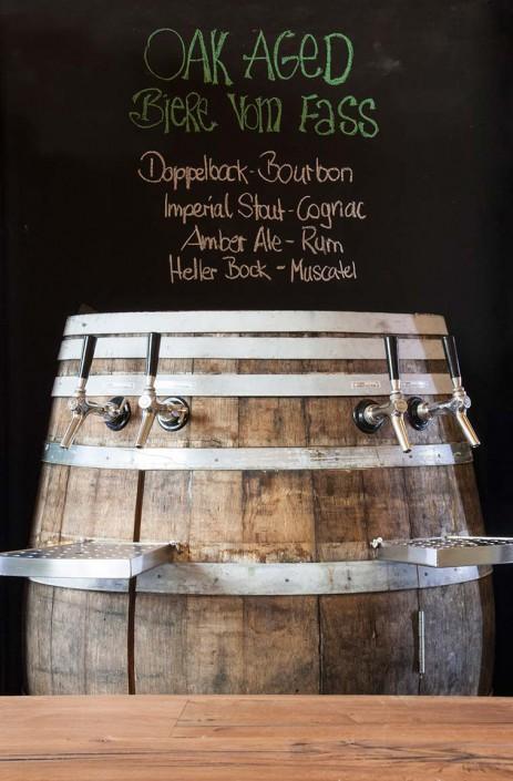Holzfass gereifte Bierspezialitäten der Brauerei Camba.